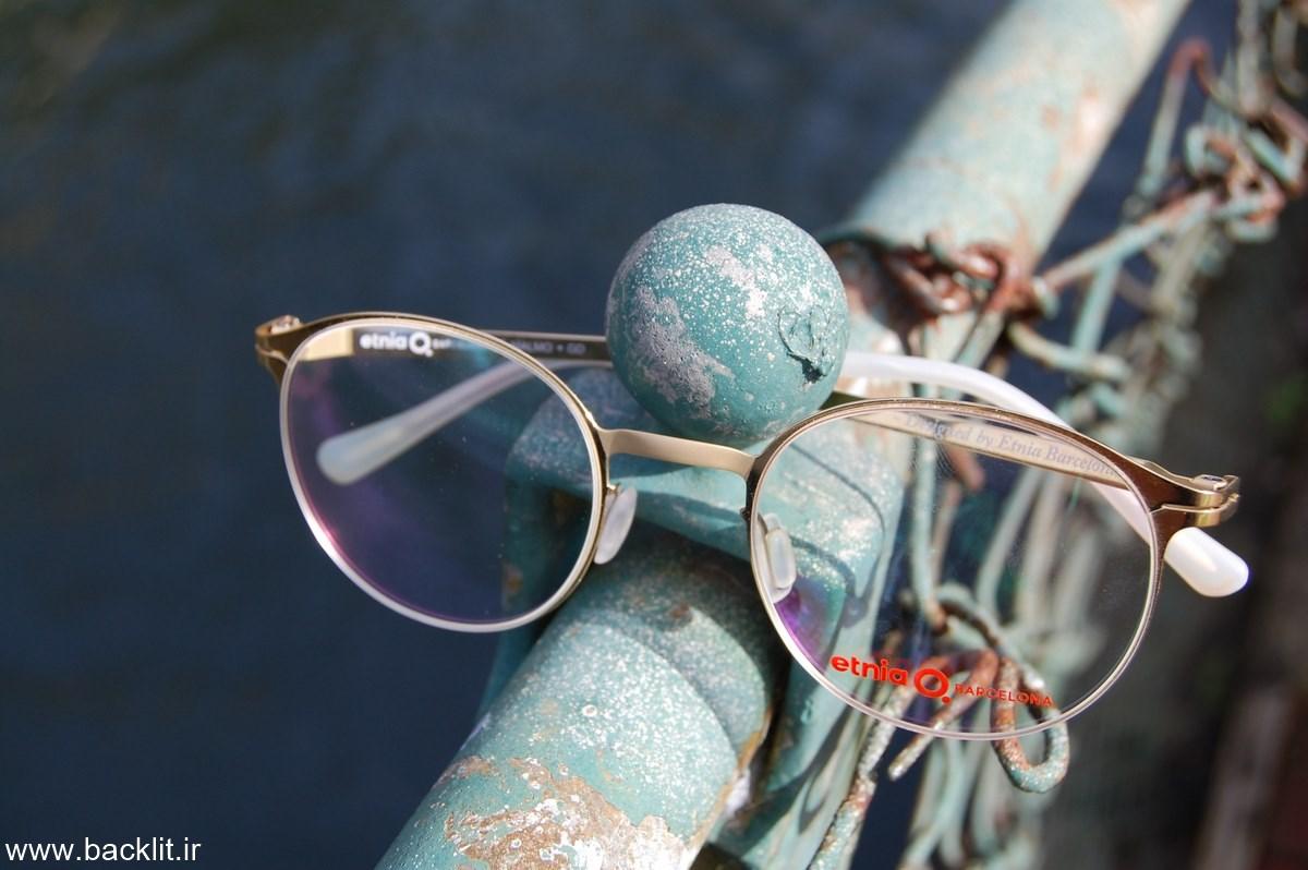 تابلو عینک