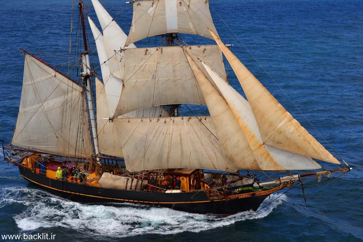 قاب عکس کشتی